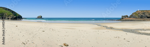 Poster Maroc Panoramic view of Portreath beach in Cornwall, UK.