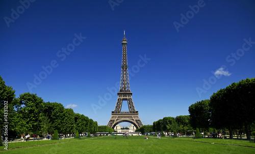 Papiers peints Paris tour eiffel sur le champ de mars