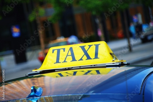 Canvas Taxi waiting for passengers in a queue
