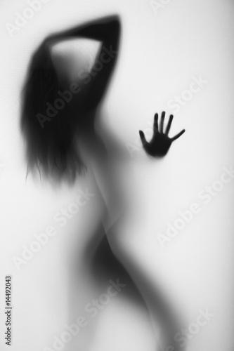 Naklejka na szybę Seksowna dziewczyna pod prysznicem