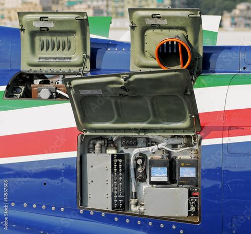 Fényképezés  pannelli meccanico elettronici aerei