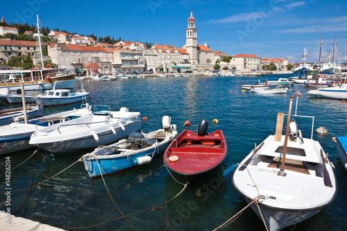 Foto auf AluDibond Schiff Sutivan on island Brac, Croatia