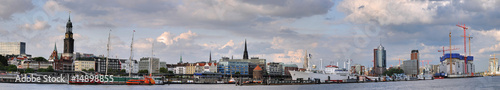 Photo Hamburg Landungsbrücken Panorama