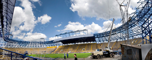 La pose en embrasure Stade de football Panorama of the stadium in Ukraine