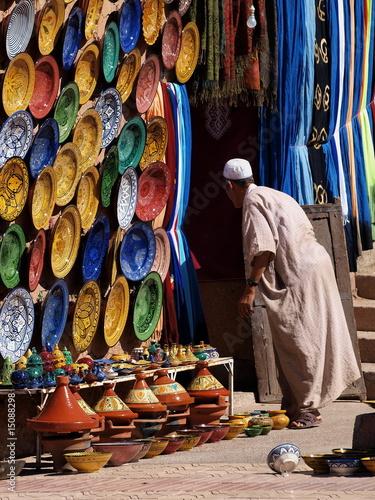 Foto auf Leinwand Marokko venditore di vasellame