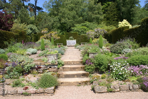 Papiers peints Jardin garden view. balance in shape.