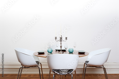 Pinturas sobre lienzo  Modern dining room - round table
