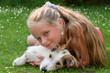 canvas print picture - Kind schmust mit Hund