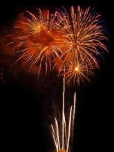 July 4th Fireworks Vertical Multi Burst