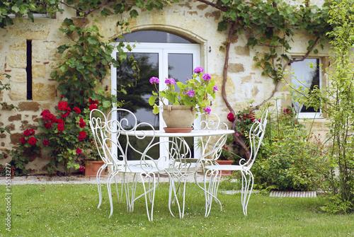 salon de jardin dans un joli cadre # 02 – kaufen Sie dieses Foto und ...