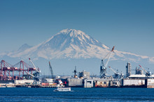 Mount Rainier And Seattle Port