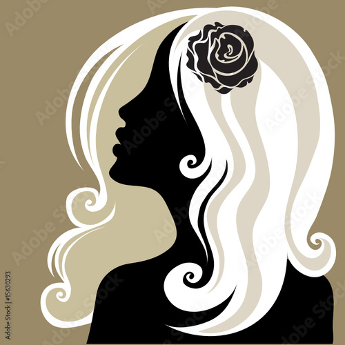 Floral femme Closeup decorative vintage woman with flower in the hair
