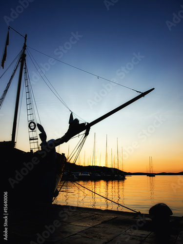 Foto-Kissen - Port in the sunset (von Sinisa Botas)