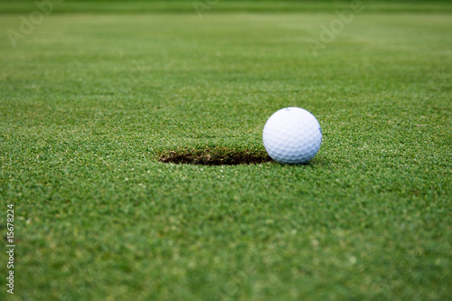 Fotografie, Obraz  Golf ball on the way to the hole