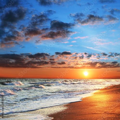 Fotobehang Zee zonsondergang Sea sunset