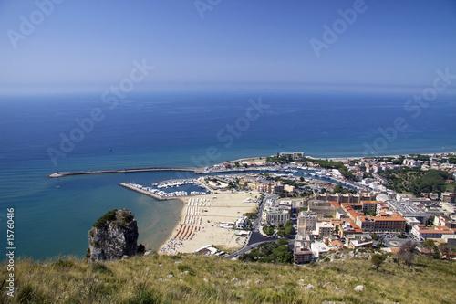 Valokuvatapetti Terracina coast line from the mountain
