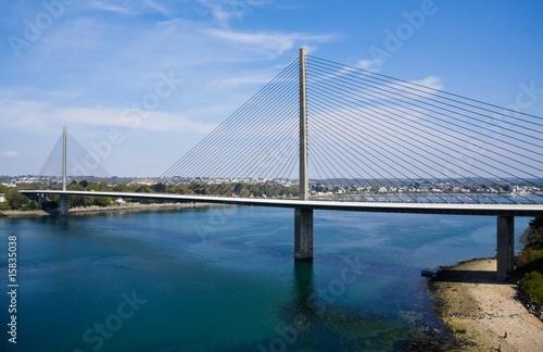 La pose en embrasure Ponts Le pont de l'Iroise (Brest, Bretagne)