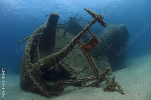Foto op Canvas Schipbreuk A wreck of a ship lying on the seabed