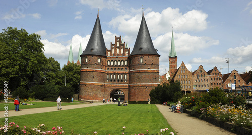 Garden Poster Cathedral Cove Lübeck, Route der Backsteingotik