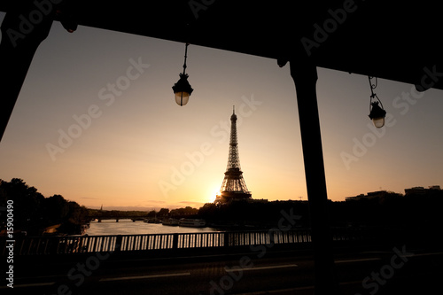 Silhouette of Eiffel tower and a bridge