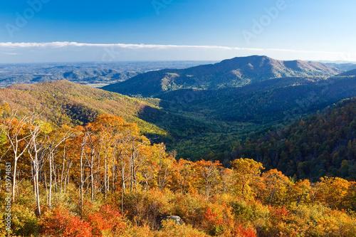 Fotografie, Obraz  Autumn landscape with mountains in Shenandoah National park
