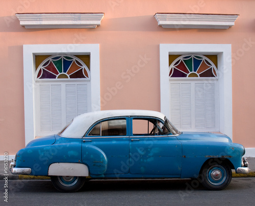 Deurstickers Cubaanse oldtimers Fifties American car, Trinidad, Cuba