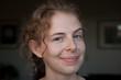 canvas print picture - junge blonde Frau lächelnd, freundlich