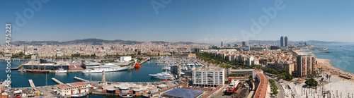 Papiers peints Barcelona Panoramic View at Harbor, Beach and City of Barcelona, Spain.