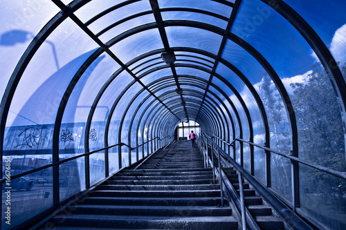 Papiers peints Tunnel Blue corridor and stairs