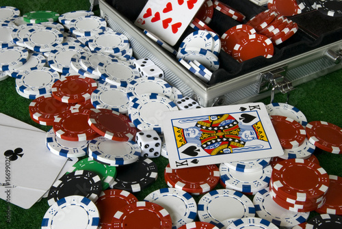 Fotomural  Chaos in the poker box