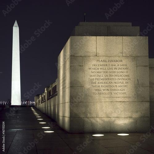 Photo  Washington Monument, DC, at Night