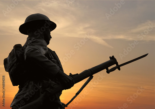 Fotomural Sunset Soldier