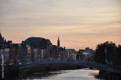 Photo  Sunset over the Liffey River