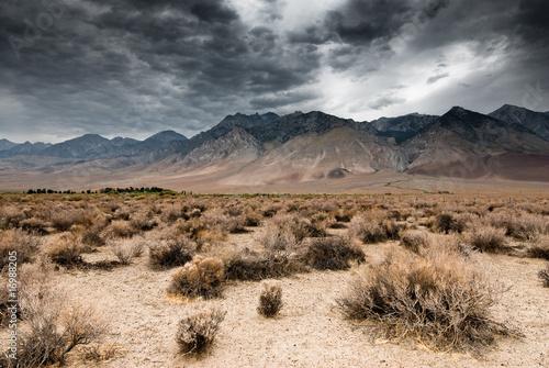 Spoed Foto op Canvas Droogte dark clouds in death valley