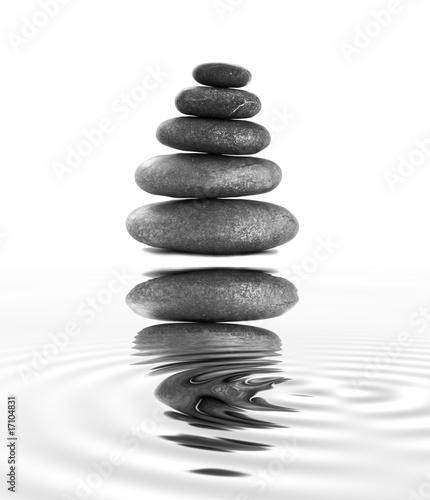 wieza-z-kamienia-zen