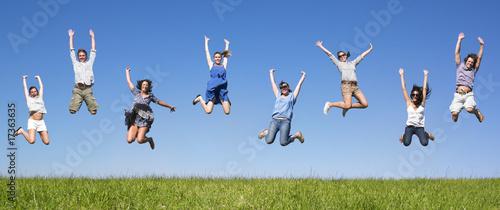 Group jumping Fototapet