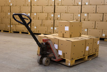 Boxes On Hand Pallet Truck
