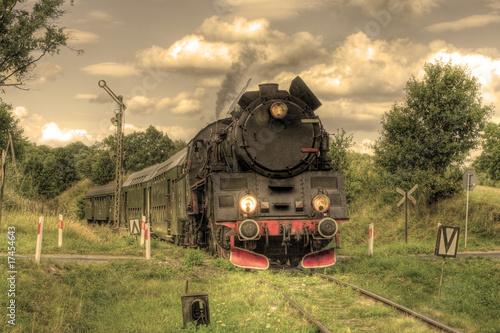 Plakat Stary retro kontrpara pociąg przechodzi przez połysk wsi