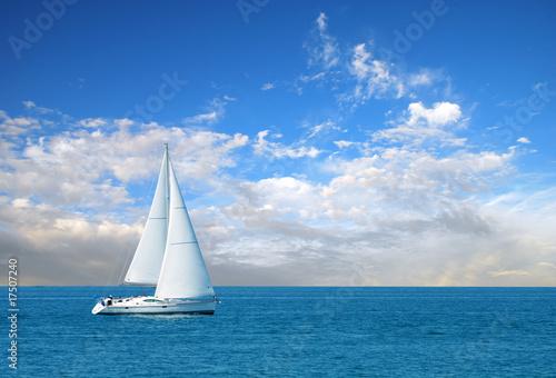 Fotografia  modern sail boat