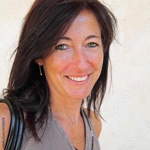 Portrait d'une jemme femme naturelle et épanouie Canvas Print