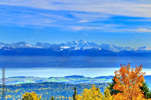 Photo Lake Geneva and the Mount Blanc Massif