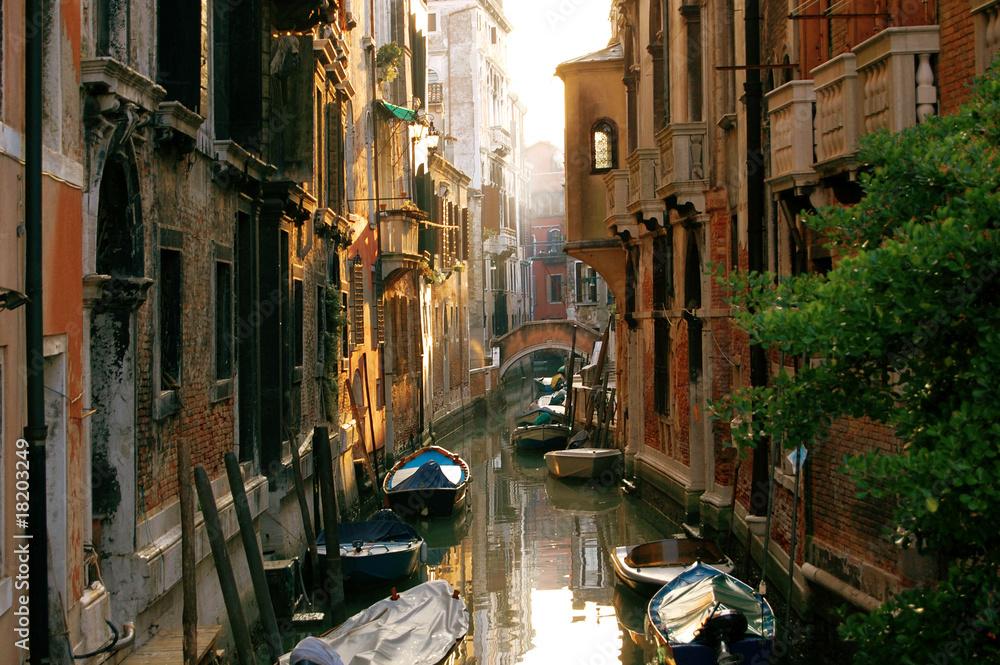 Fototapety, obrazy: Street view of Venice