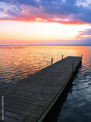 Fotobehang Pier embarcadero y luz