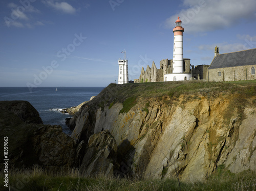 Cadres-photo bureau Con. Antique Brittany : saint Mathieu lighthouse and old abbey ruins