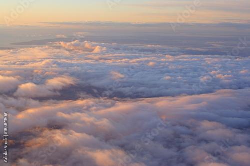 Foto  Sonnenaufgang über den Wolken