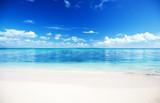 Fototapeta Fototapety z morzem do Twojej sypialni - sea and sand