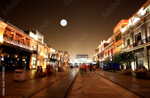Foto op Aluminium Beijing newly re-constructed Qianmen shopping district in Beijing