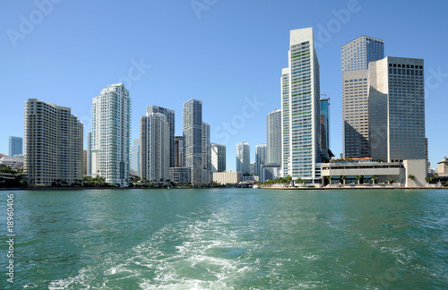 In de dag Verenigde Staten Downtown Miami Skyline from the Biscayne Bay, Florida