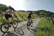 Mountainbikerin im Schwarzwald