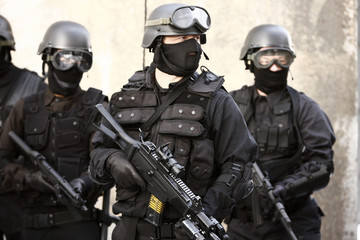 SWAT officer in full tactical gear.
